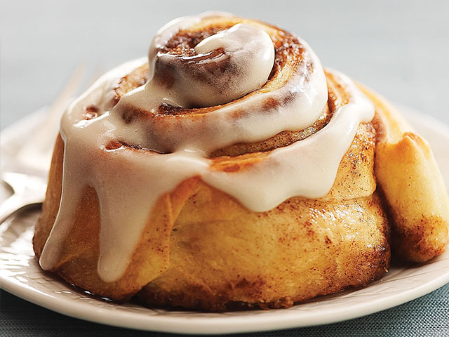 Cinnamon roll with white icing